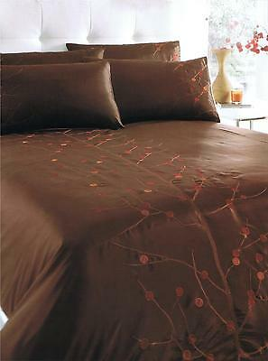 EMBROIDERED RONDA CHOCOLATE  DUVET COVER SET CHOICE OF DOUBLE OR KING SIZE