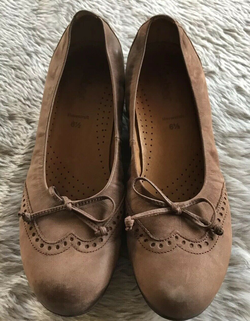 Gabor Hovercraft Brown Leather Wingtip Round Toe Ballet Flats Women's 6.5