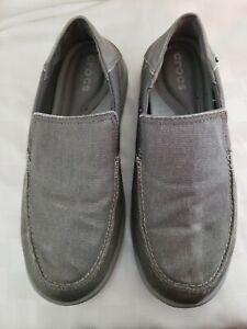Crocs-Mens-size-M9-boat-shoe-Gray-canvas