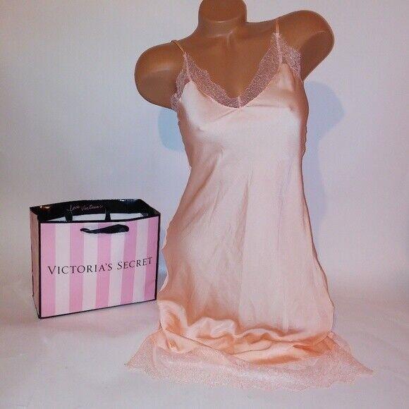 Victoria Secret Lingerie Chemise Slip Babydoll Light Peach Solid Long Gown