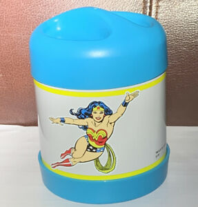 Nwt Dc Comic S Wonder Woman Hot Amp Cold Container Pottery