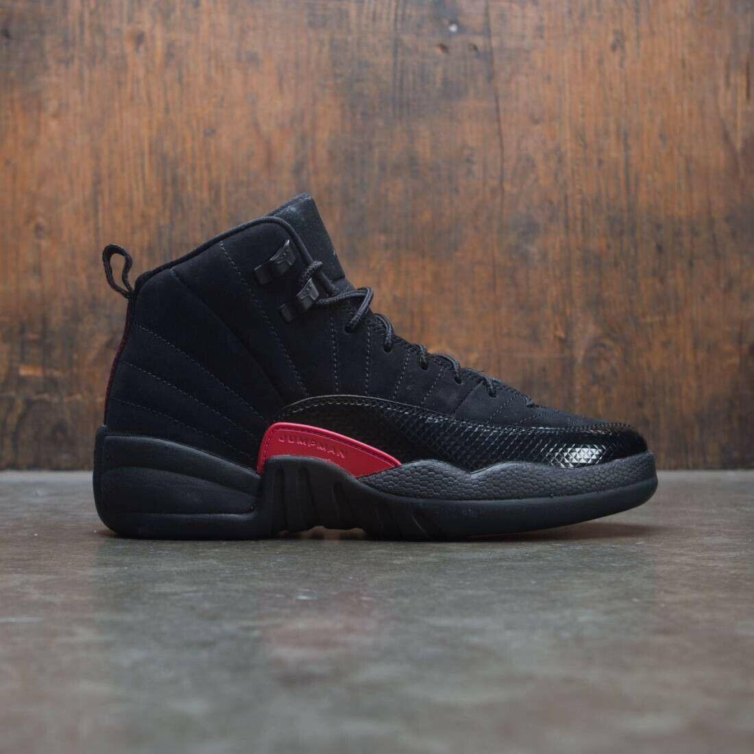 2018 Nike Air Jordan 12 XII Retro Black Rush Pink Size 8.5y. 510815-006 8.5