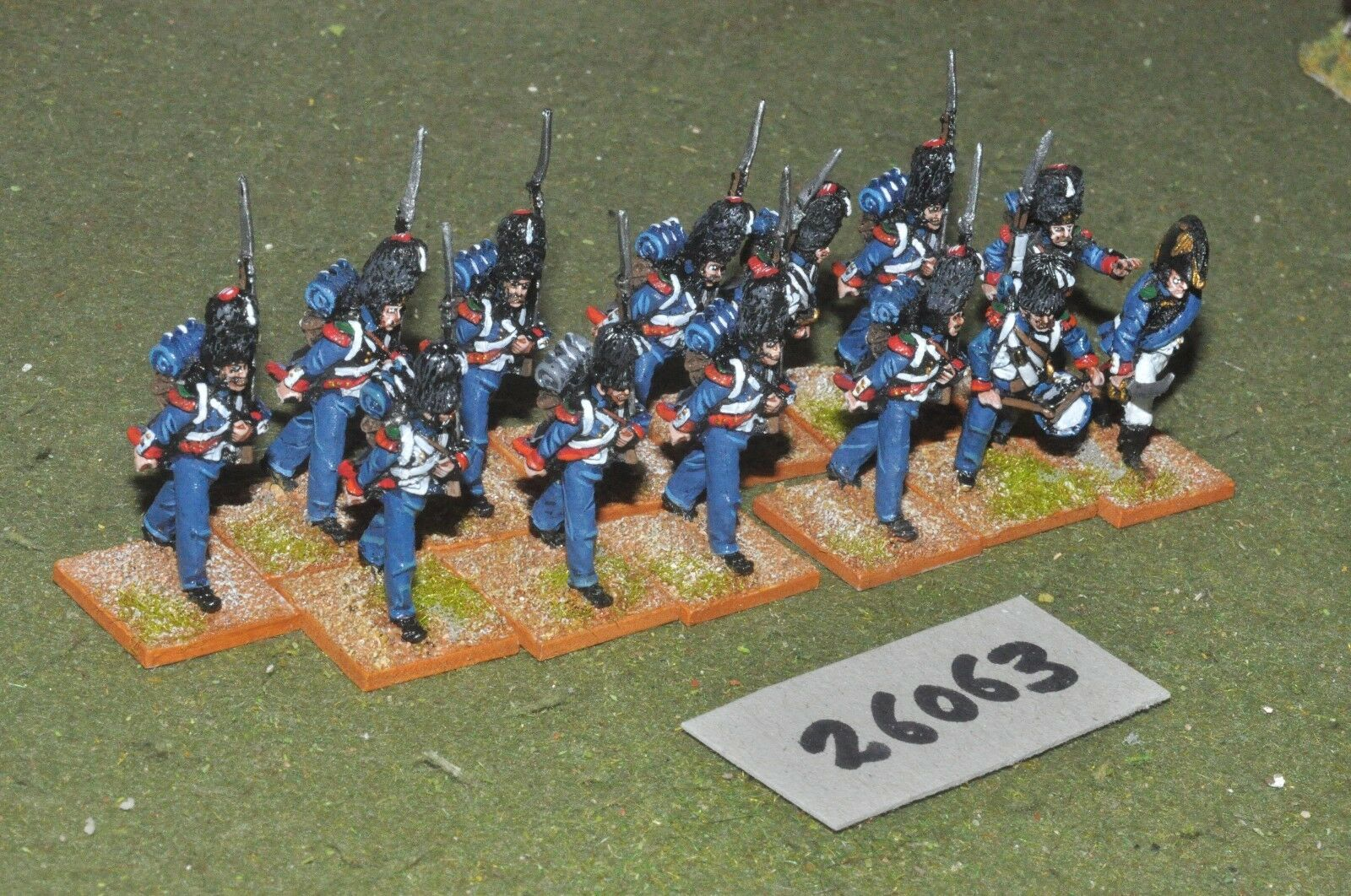 25mm napoleonic   french - light 12 figures - inf (26063)