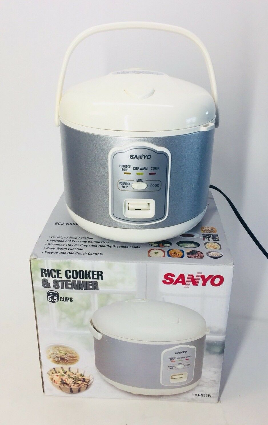Sanyo ECJ-N55W 5.5-Cup Cuiseur à Riz & Vapeur avec température réglable