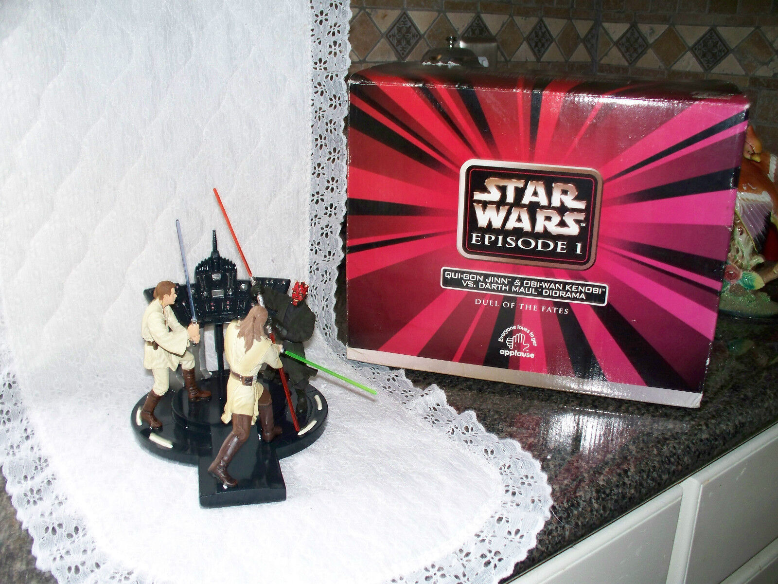 Star Wars Duel of the Fates Diorama Qui-Gon Obi-Wan Kenobi Vs. Darth Maul    MIB