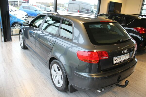 Audi A3 1,9 TDi Attraction SB - billede 2