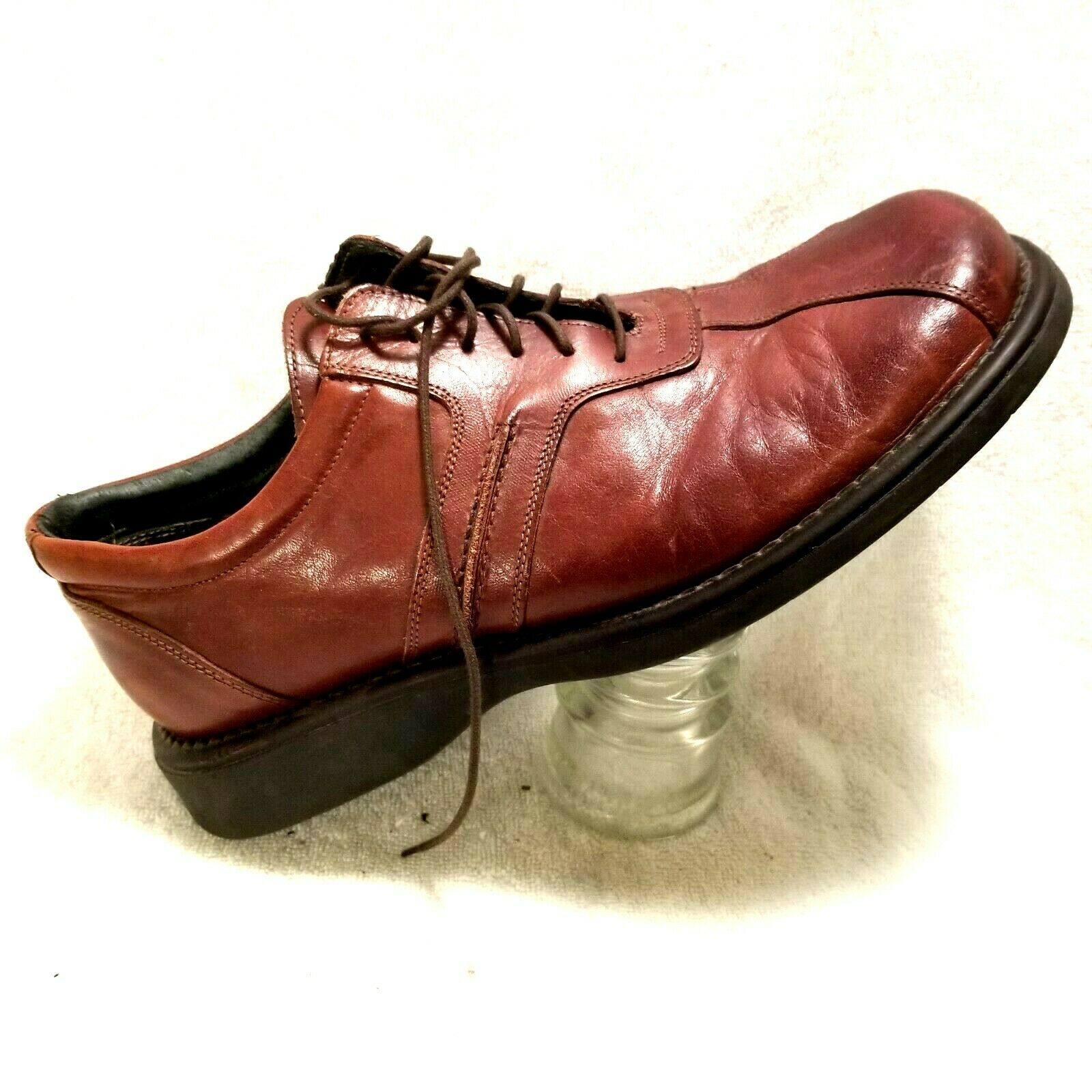 Kenneth Cole Reaction Mens Oxfords sz 10 M leather dress shoe made in ITALY