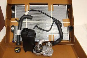 BMW Wasserkühler Paket e31 M70 mit Automatik 850i 8er NEU