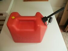 Nice Blitz Old School Pre Ban Vented 5 Gallon Gas Can Withspout Vent Usa Fuel