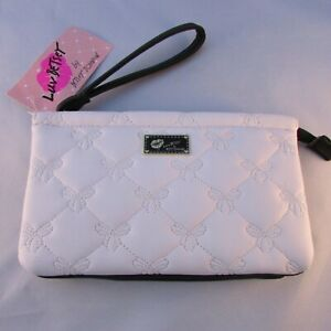 Betsey-Johnson-Double-Pouch-Wristle-Clutch-White-Quilted-Bow-Pattern