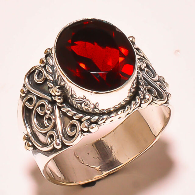 FACETED MOZAMBIQUE GARNET  925 STERLING SILVER RING SIZE 8.5 US