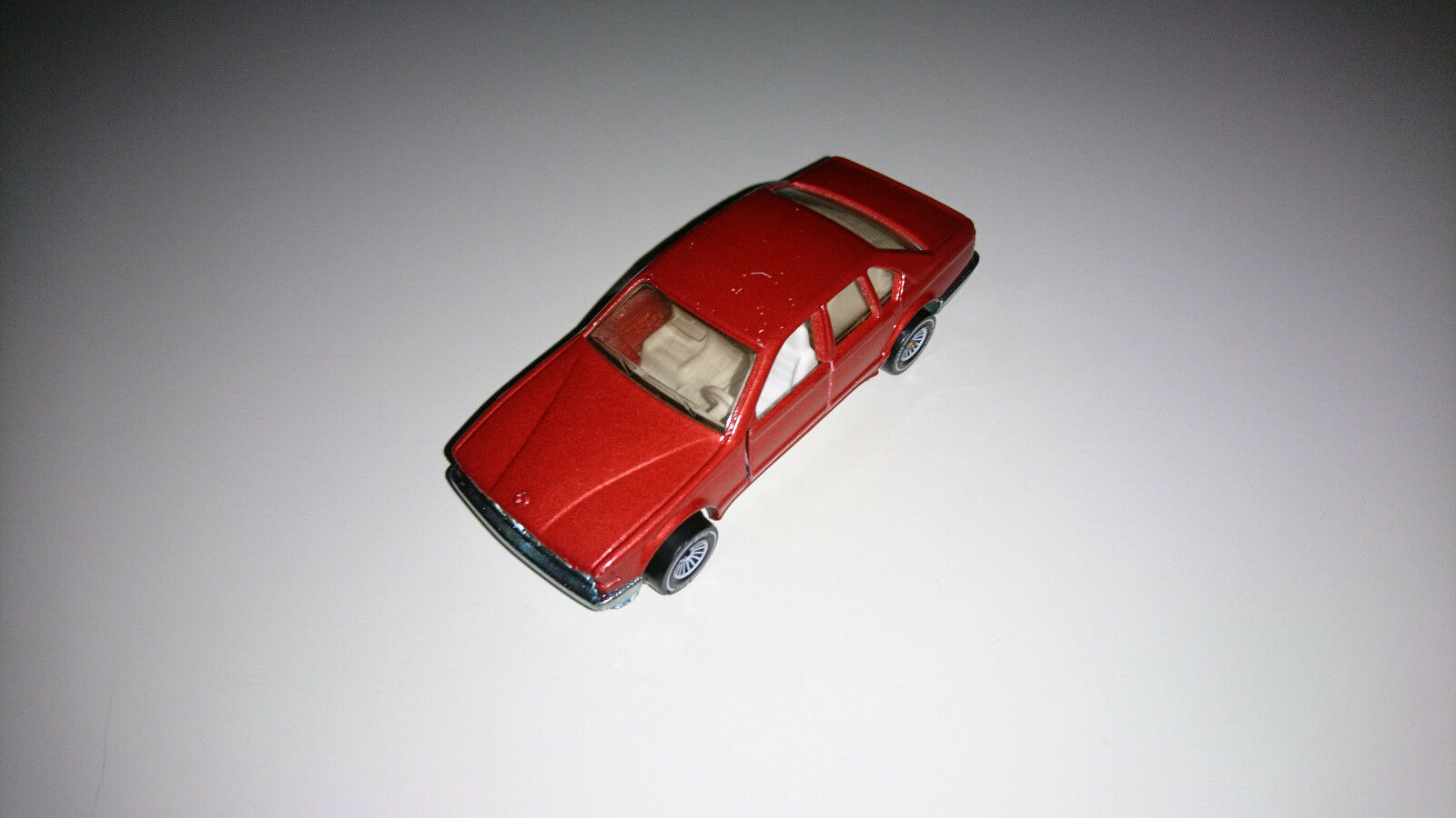 Siku 1070 BMW 735 II. e32 broncitrougemet. RARE b4