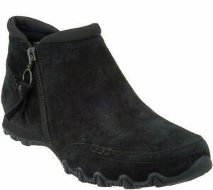 Skechers Relaxed Fit Suede Ankle Boots