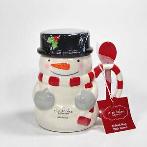 St. Nicholas Square TREE LOT Lidded Mug with Spoon Red White Snowman ...