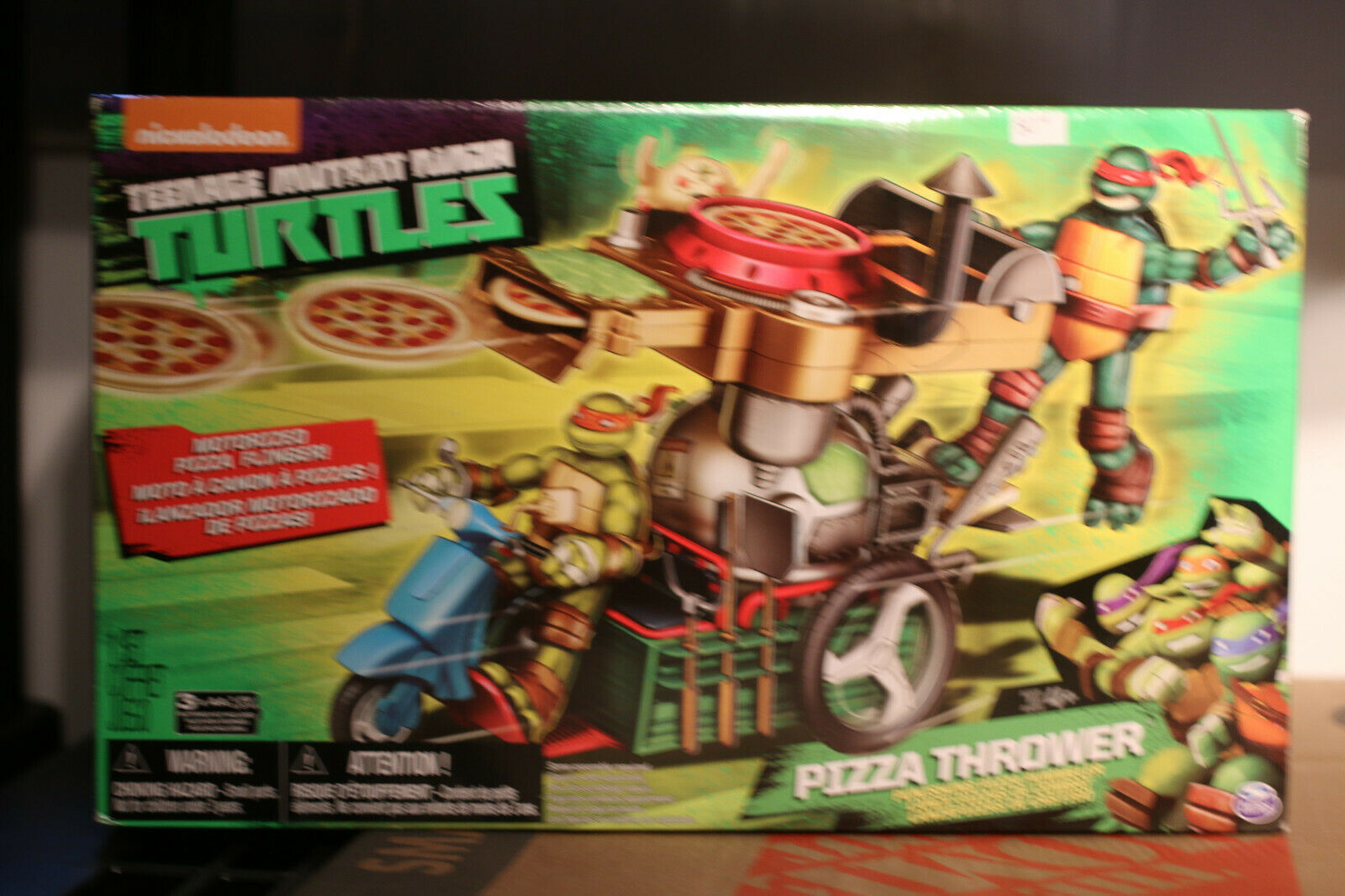 Teenage Mutant Ninja Turtles pizza thrower bike 2015 nickelodeon playmates NEW