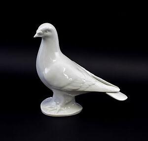 9942631-Porcelain-Figurine-Bird-Brief-Taube-White-Wagner-amp-Apel-21x10x19cm