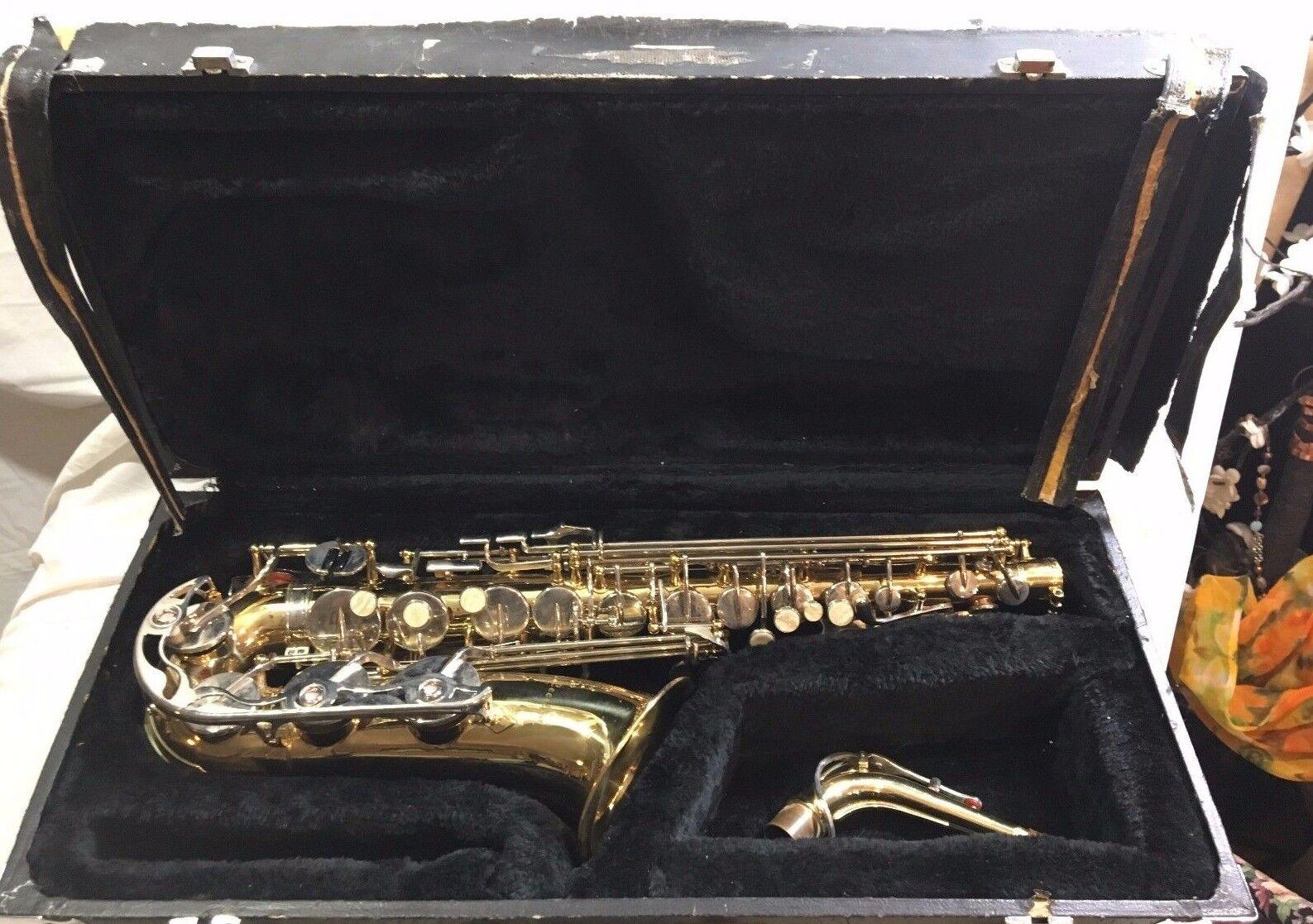 Klassischer Cecilia Saxophon Model HC 713 mit Original Hartschale