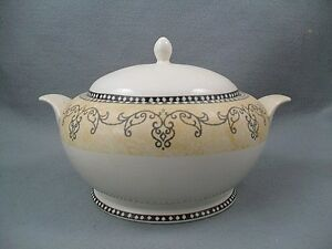 Churchill-Ports-of-Call-Cappadocia-Tureen-Covered-Vegetable-Dish