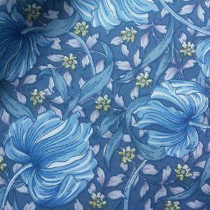 William-Morris-Pimpernel-Mauve-Cotton-Lawn-Fabric-140cm-wide-dressmaking
