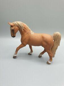 Schleich 13631 Pferde Tennessee Walker Hengst