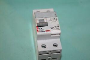 interrupteur-differentiel-LEGRAND-40A-30mA-type-AC-08629-086-29