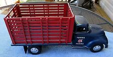 VINTAGE NEAR PERFECT 1950s TONKA TOYS TONKA FARMS PRESSED STEEL TOY TRUCK