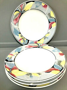 "Lynns Fine China Flower Pattern 10 1/2"" Dinner Plates Set of 4 Mint Condition"