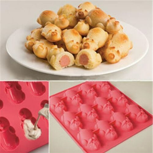 Mobi 12 Little Pigs in a Blanket Silicone Baking Mold