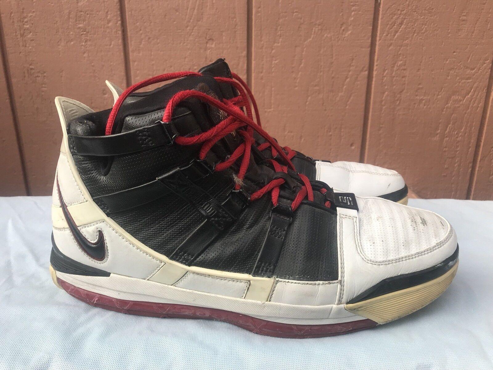 Nike Zoom Lebron III 3 US 11 White/Black-Varsity Red Lebron James A3