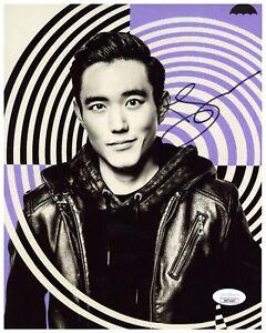 Justin Min Autograph Signed 8x10 Photo - Umbrella Academy (JSA COA)