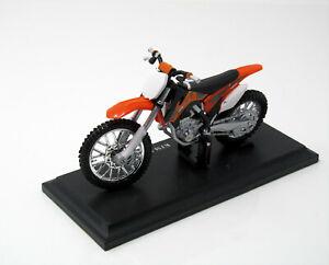 Modello-MOTO-1-18-KTM-450-SX-F-arancione-nero-con-socket-1-18-Maisto