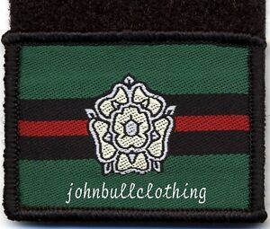 Yorkshire-Regiment-vert-flash-crochet-et-boucle-tissu-militaire-patch