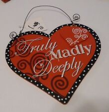 RED & BLACK TRULY MADLY DEEPLY WOOD HEART VALENTINES DAY SIGN GIFT DECORATION