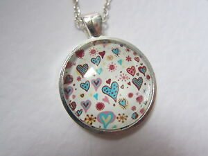 Ditsy-Mini-Heart-Hearts-Design-Silver-Pendant-Glass-Necklace-New-in-Gift-Bag