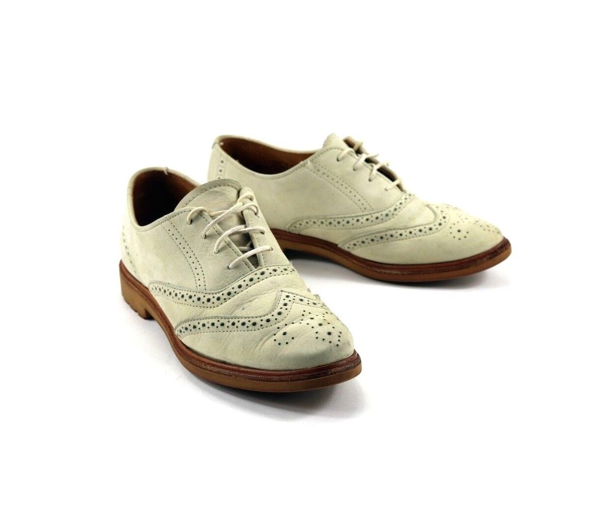 G.H. Bass & Co. Men's Saddle & Bucs Oxford Wingtip Leather Saddle Shoes Size 7.5