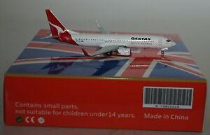 Extra-Modelo-B-7380002A-Boeing-737-838-Wl-Qantas-Airways-Vh-Vxj-en-1-400