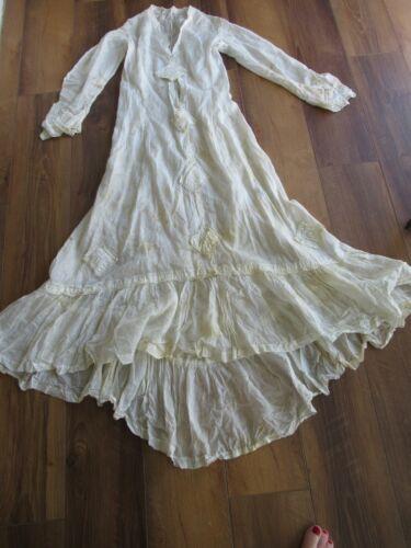 ANTIQUE WHITE VICTORIAN LADIES LONG DRESS