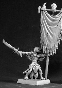 1-x-DARKSPAWN-STANDARD-BEARER-WARLORD-REAPER-figurine-miniature-jdr-rpg-14530