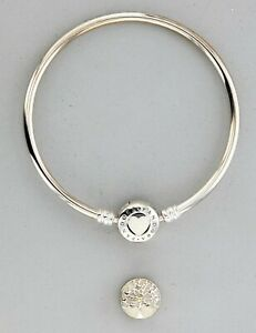 b3af47331 Pandora Tree of Hearts Limited Edition Mother's Day Bangle Gift Set ...