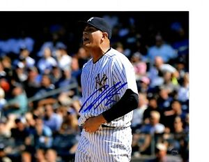 Dellin-Betances-autographed-signed-MLB-New-York-Yankees-8x10-Steiner