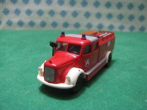 Mann-Lkw-Der-Wachsam-Der-Feuer-Feuerwehr-1-87-Brekina