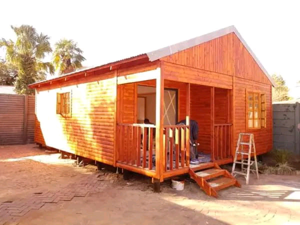 We building all sizes of wendy house for best price  call 0609590879