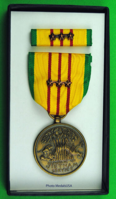 Original Vietnam Service Medal set - 3 Campaign / Battle Stars GI Issue Box