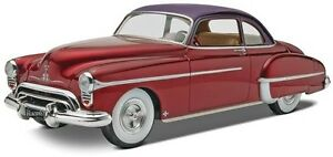Revell-039-50-Olds-Custom-Oldsmobile-1-25-scale-car-model-kit-new-4022