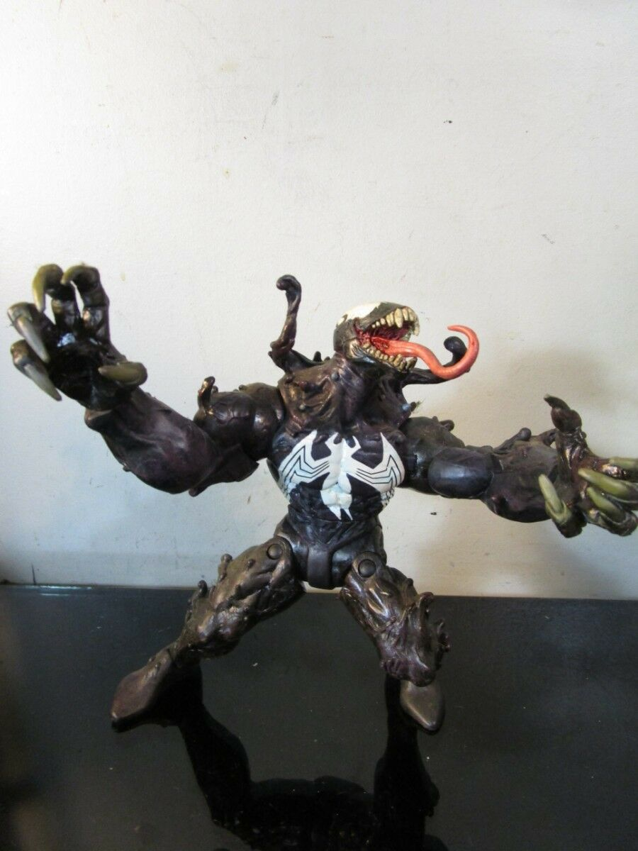 Diamond Toys Marvel Select ULTIMATE VENOM Action Figure Spider-Man