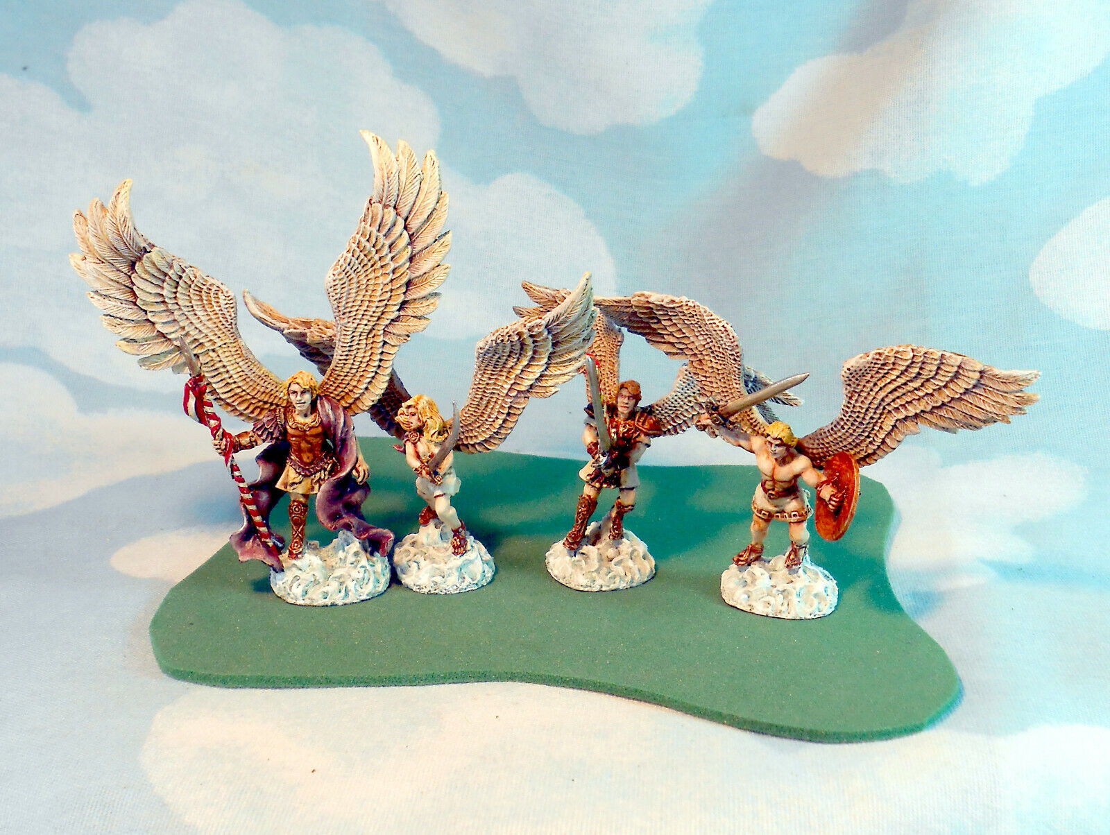 Angels - Reaper rpg role-playing game adventurer painted by JohnnyJukey d&d