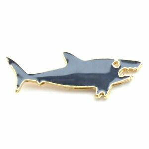 Cute-Little-Shark-Cartoon-Enamel-Lapel-Pin-Badge-Brooch-Nature-Gift-BNWT-NEW