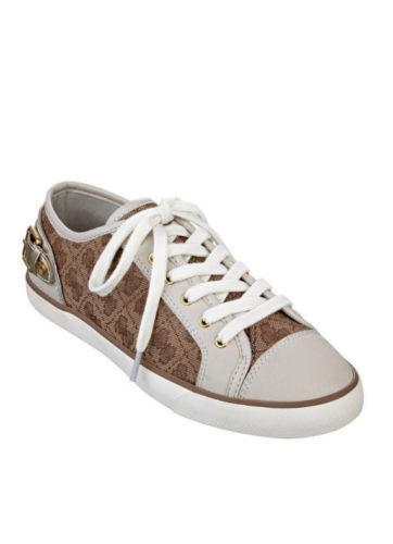 Nuevo En Macita Caja Guess Macita En Zapatillas de moda con el logotipo de impresión Lona marrón Blanco NOS 10 8ffa5e
