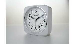 Seiko-White-Sweep-Second-Hand-Square-Alarm-Clock-Glossy-White-Case-With-A-Snooze