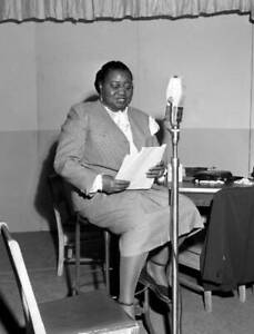 OLD-CBS-RADIO-PHOTO-Radio-Program-The-Beulah-Show-Pictured-Is-Hattie-Mcdaniel-1